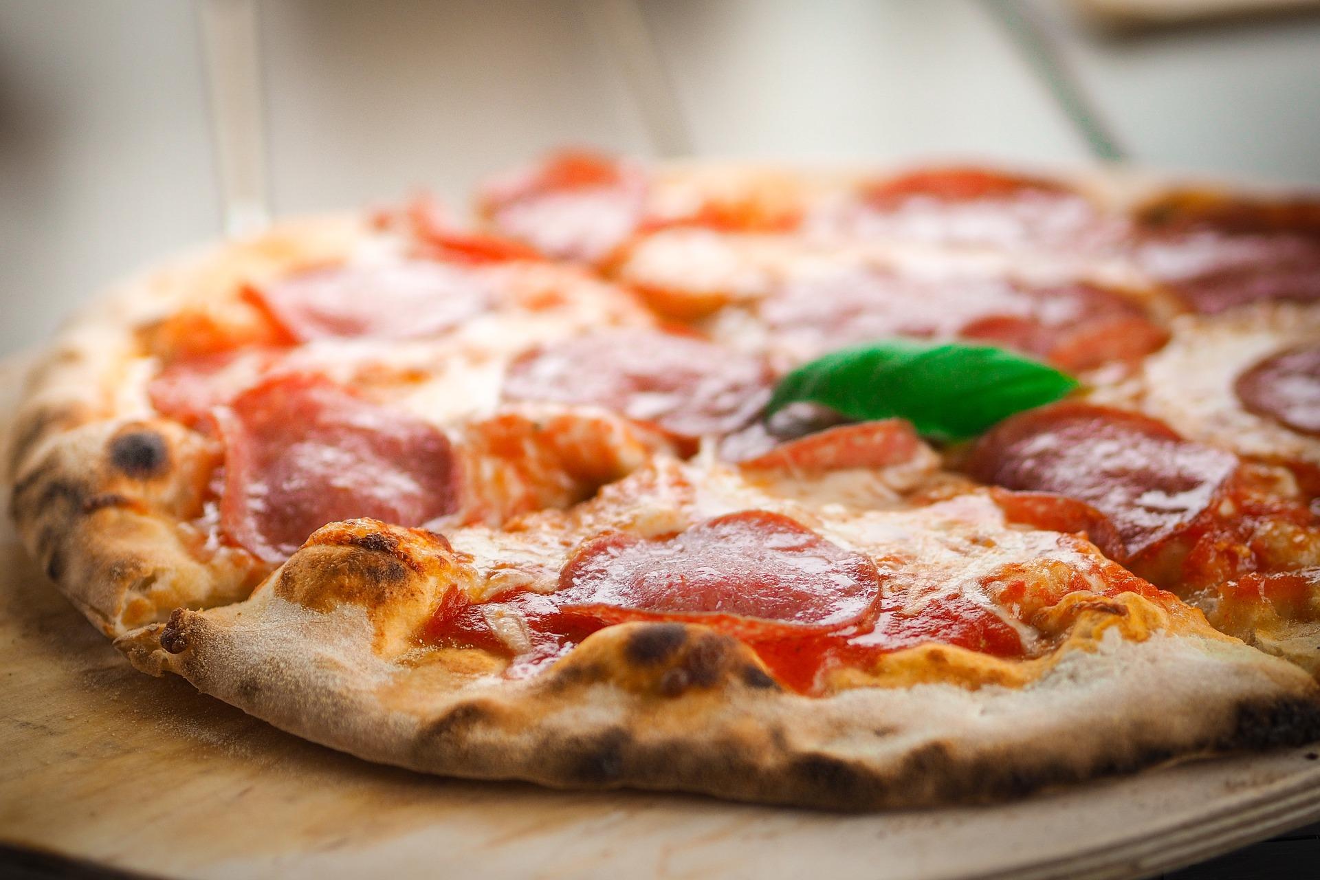 宅配ピザはやっぱり我が家には贅沢品でした
