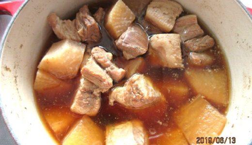 ダイエット9日目記録~ルクルーゼの鍋で豚ばら肉の煮込み(6月13日)
